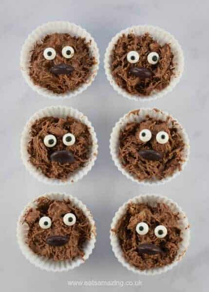 Fun and easy Star Wars themed snacks for kids - perfect for Star Wars party food and after school snacks - Eats Amazing UK - Chocolate Wookiee Cakes