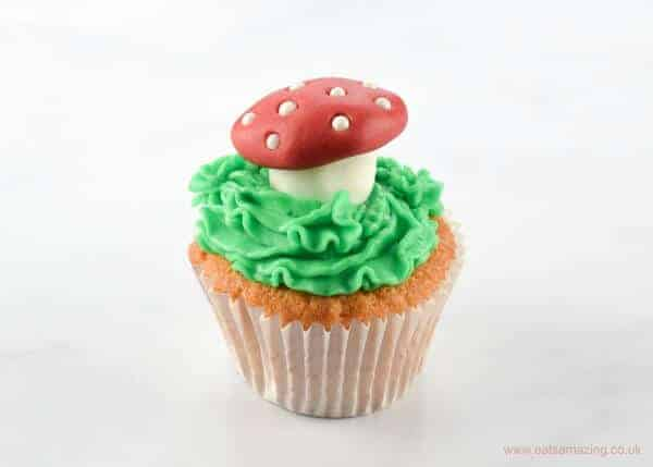 Cute and Easy Noddy themed cupcake decorations with step by step instructions - mushroom or toadstool cupcakes