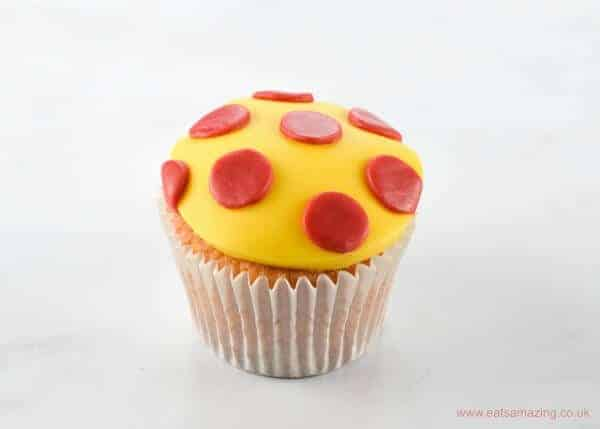 Cute and Easy Noddy themed cupcake decorations with step by step instructions - polka dot cupcakes