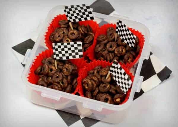 Disney Cars Themed Picnic Recipes - healthy fun food for kids that is great party food too - Spare Tyre Crispy Cakes