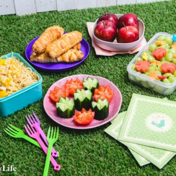 Disney Tangled Picnic with 5 fun recipes - cute Tangled themed food for kids - great for party food ideas too