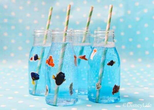 Finding Nemo themed picnic with 6 fun recipes - perfect for Nemo party food ideas - ocean bubbles blue lemonade