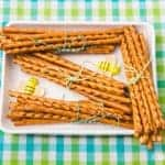 How to make a fun Winnie the Pooh themed picnic with DisneyLife - Pooh Stick Pretzel Bundles