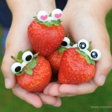 Make strawberries extra fun with googly eye picks from the Eats Amazing UK Bento Shop - add instant fun to food with these clever bento picks