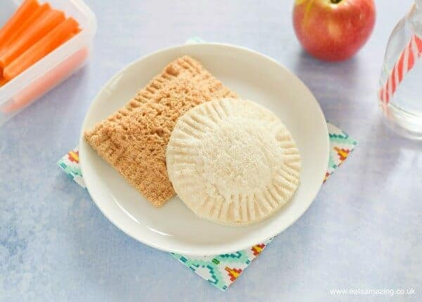 Easy homemade uncrustables pocket sandwiches recipe fun food for kids - perfect for school lunch boxes and bento boxes - Eats Amazing UK