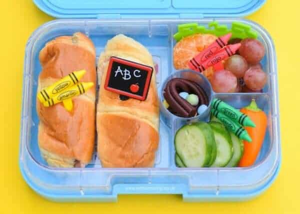 Easy packed lunch for back to school eats amazing quick and easy back to school lunch idea packed in the yumbox easy bento lunch forumfinder Choice Image
