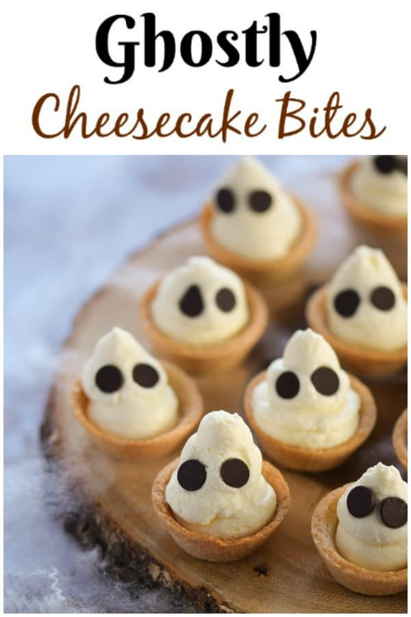 Cute Ghostly mini cheesecake bites recipe - a fun and easy Halloween dessert for Halloween party food #EatsAmazing #Halloween #HalloweenFood #partyfood #halloweenparty #cheesecakes #funfood #foodart #easyrecipe #dessertfoodrecipes