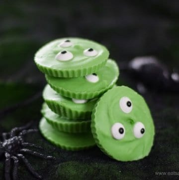 Easy Swamp Monster Giant Chocolate Buttons Recipe - fun 3 ingredient Halloween treat for kids from Eats Amazing UK
