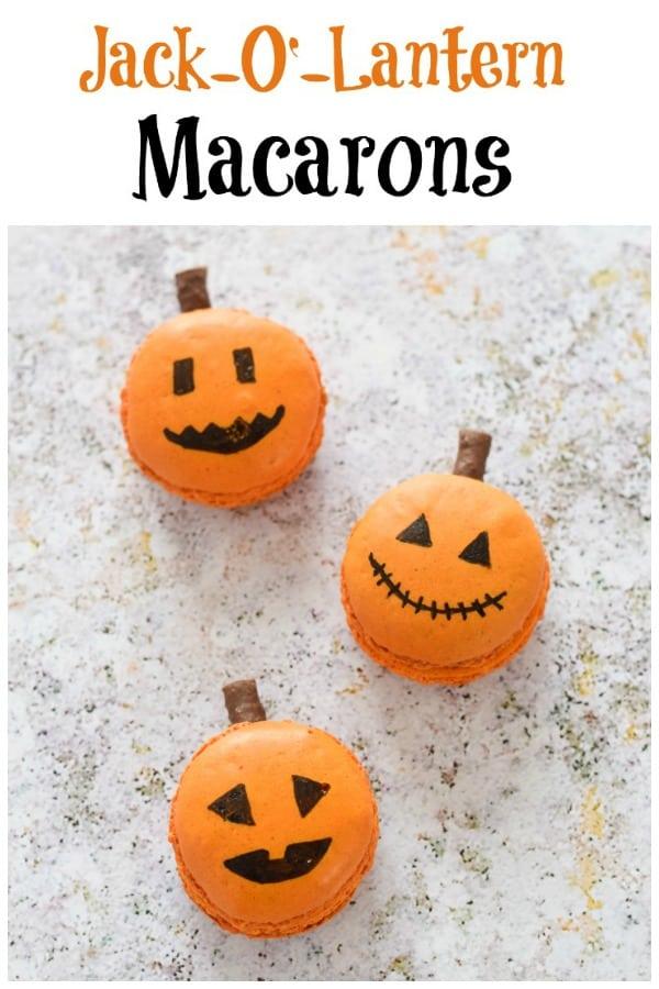 How to make easy Jack-O'-Lantern Macarons - Fun Halloween party food idea for kids #EatsAmazing #Halloween #HalloweenFood #Halloweenparty #partyfood #halloweenfun #kidsfood #funfood #easyrecipe #halloweenrecipes #macarons