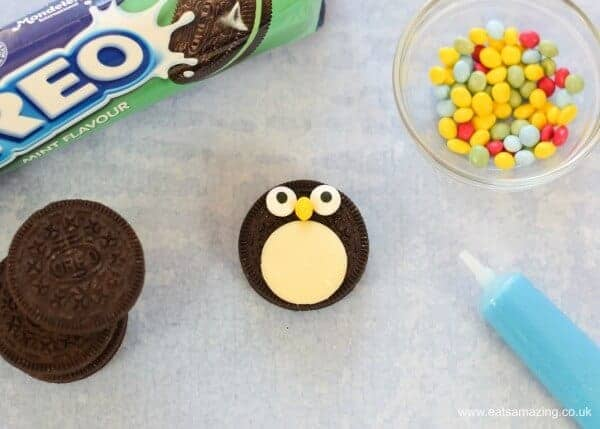 How to make quick and easy Oreo penguins with mint flavour oreos - Step 3 - chocolate bean beak
