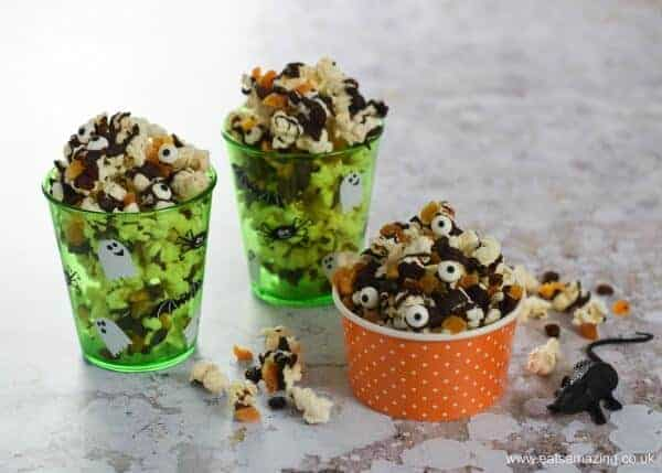 Spooky Halloween popcorn with dark chocolate - fun Halloween recipe to make with the kids - great for movie snacks and party food - Eats Amazing UK