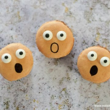 Super easy Screaming Macarons fun food tutorial from Eats Amazing UK - fun spooky food for Halloween