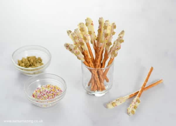 How to make easy white chocolate pretzel sparklers - fun food for kids for Bonfire Night or New Years Eve party food - Eats Amazing UK