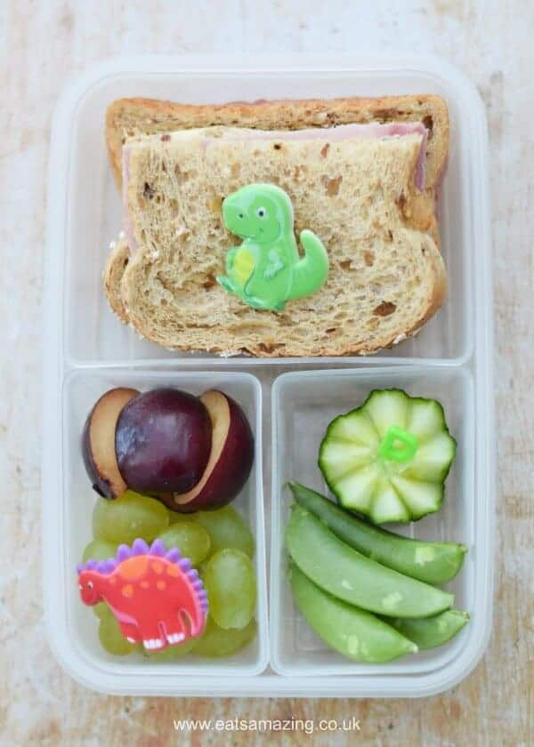 Quick and easy dinosaur themed packed lunch for kids - simple but fun bento lunch ideas from Eats Amazing UK