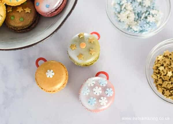 How to make festive macaron baubles - a fun Christmas dessert or party food idea from Eats Amazing UK