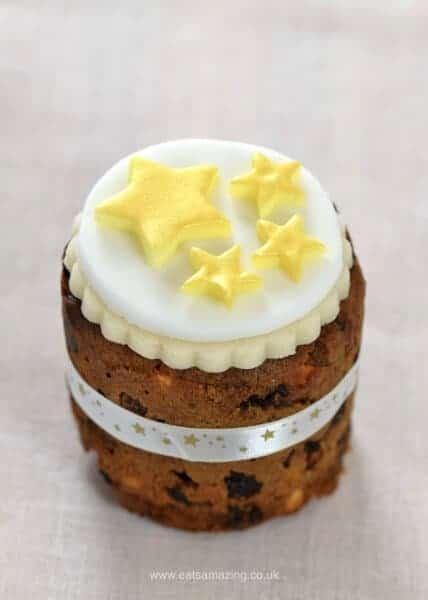 Six super easy Christmas cake designs on mini Christmas cakes - gold stars cake from Eats Amazing UK