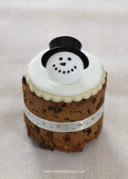 Six super easy Christmas cake designs on mini Christmas cakes - snowman cake from Eats Amazing UK
