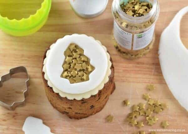 Tin Can Christmas Cakes - how to decorate mini Christmas cakes - 6 fun designs from Eats Amazing UK - Gold Christmas Tree