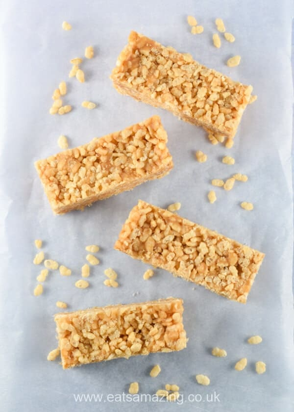 Easy no bake peanut butter rice crispy bars recipe - quick easy and a great snack idea for kids - Eats Amazing UK