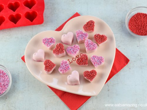 Frozen Yogurt Hearts - Fun Valentine\'s Food - Eats Amazing