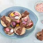 Easy Easter Giant Chocolate Buttons Recipe - fun Easter food for kids -great for homemade gifts - Eats Amazing UK