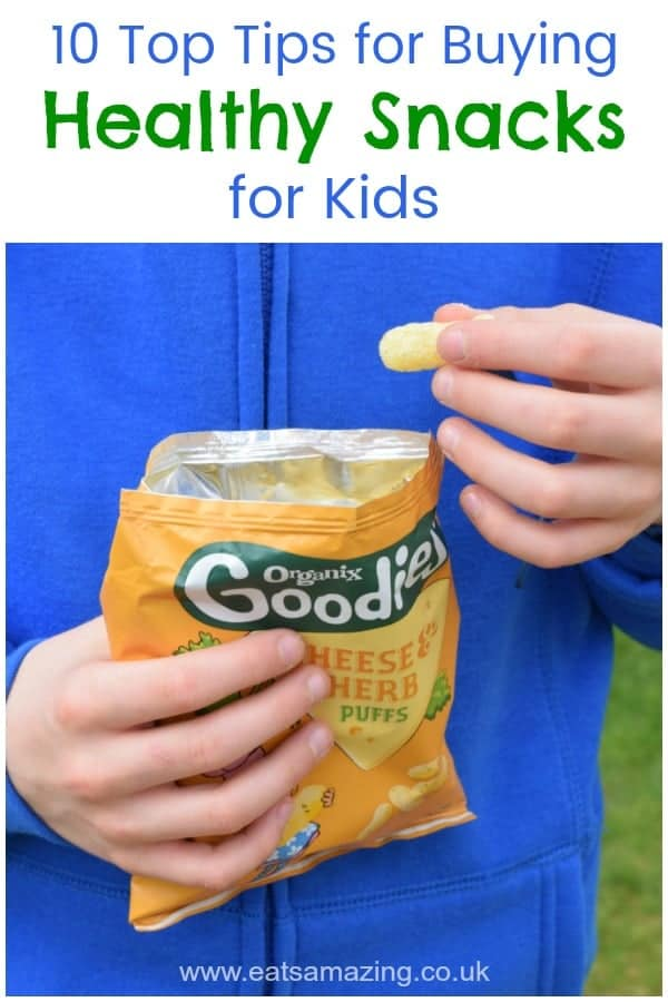 How to choose healthy snacks for kids - great tips and advice on why kids need to snack and what to look for when buying snacks in the supermarket #snacks #healthysnacks #kidsfood #feedingkids #foodyoucantrust #organic #snackideas #familyfood #toddlers #babyledweaning #blw #parenting #healthykids #healthyfood