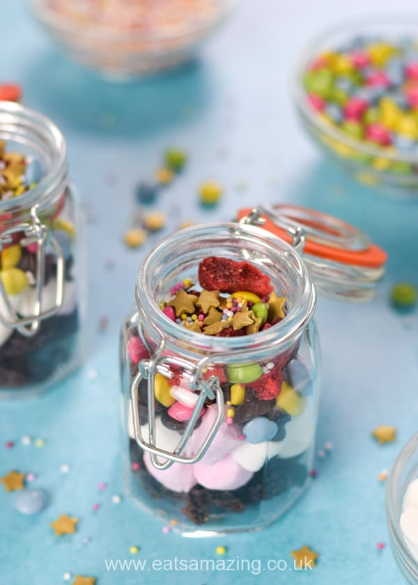 Easy birthday sprinkle mix recipe for a fun and extra special birthday breakfast for kids - with free printable labels