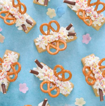 Fun food tutorial - how to make cute shortbread butterflies - a really quick and easy party food idea that kids will love