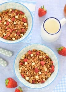 Strawberries and Cream easy homemade granola recipe - perfect for a delicious summer breakfast treat the whole family will love