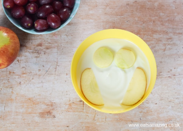 How to make fun and easy owl yogurt bowls for kids - step 3 add apple slice wings