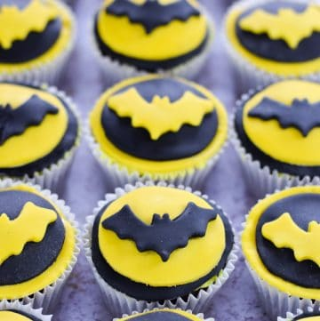 Fun and easy Batman themed cupcakes recipe - perfect for a superhero party or Halloween with kids