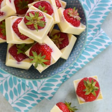White Chocolate Covered Strawberry Cubes