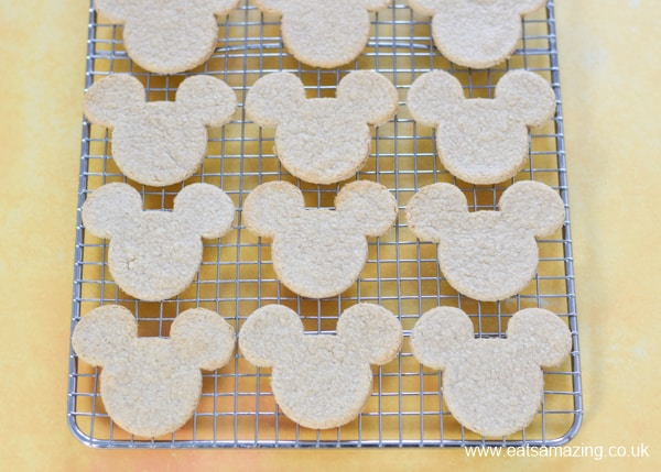 Fun Mickey Mouse shaped oatcakes recipe - these make a great healthy snack for kids