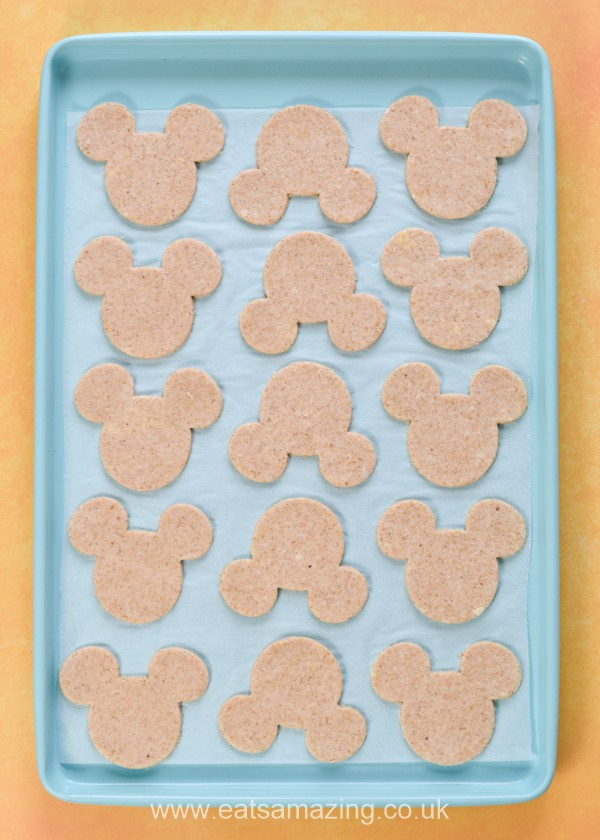 How to make Mickey Mouse shaped cheese oatcakes - easy recipe for kids