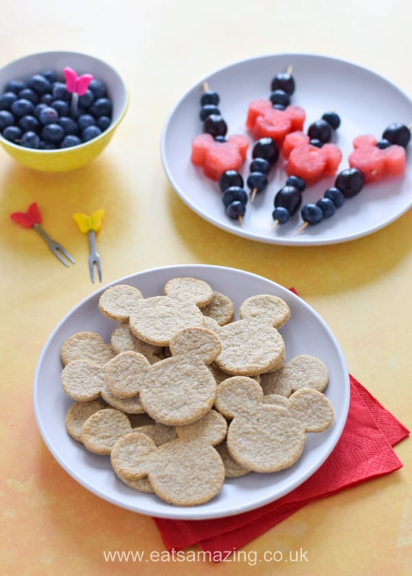 How to make cheese oatcakes - this fun and easy recipe for kids is great for snacks lunch boxes and party food