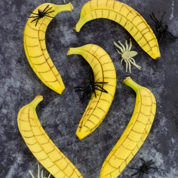 Spooky Spiderweb Bananas – Healthy Halloween Food for Kids