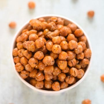 Easy Garlic & Herb Roasted Chickpeas Recipe