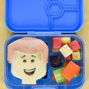 Fun Lego themed bento lunch for kids with step by step photo tutorial - celebrate the Lego Movie 2 with this special Lego lunch