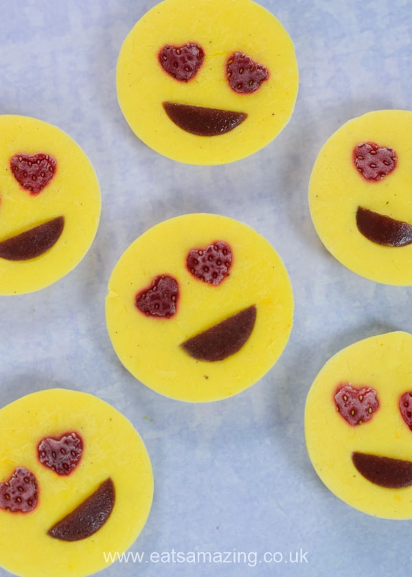 How to make love emoji frozen yogurt bites - fun easy and healthy recipe for kids