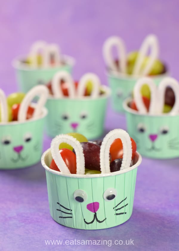 How to make cute and easy Easter bunny snack cups - fun and healthy Easter food idea for kids