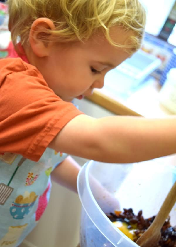 Live cook-alongs for kids on the Eats Amazing Facebook Page - every Tuesday and Thursday at 11am
