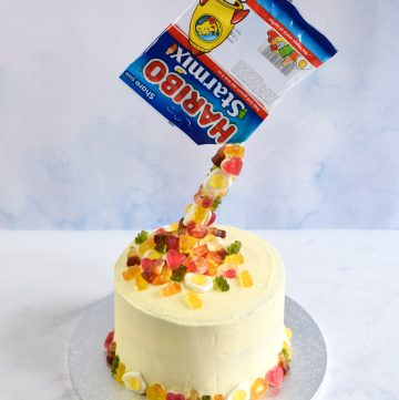 How to make a fun and easy anti-gravity pour cake with HARIBO Starmix sweets - easy recipe and video tutorial