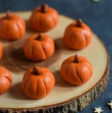How to make easy Pumpkin Halloween Peanut Butter Balls - fun Halloween recipe for kids