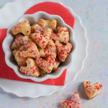 How to make cute and easy sprinkle covered puff pastry hearts - fun and easy Valentines Day recipe for kids