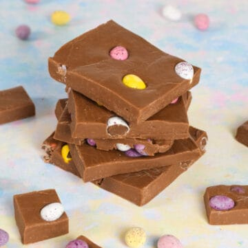 Quick and easy milk chocolate mini egg fudge recipe - just 4 ingredients and 5 minutes to make