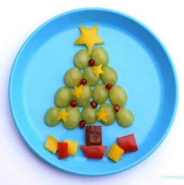 Christmas Tree Food Art Snack for Kids from Eats Amazing UK - fun healthy Christmas snack idea