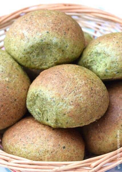 Delicious And Healthy Easy Oat And Spinach Homemade Bread Rolls Recipe From Eats Amazing Uk