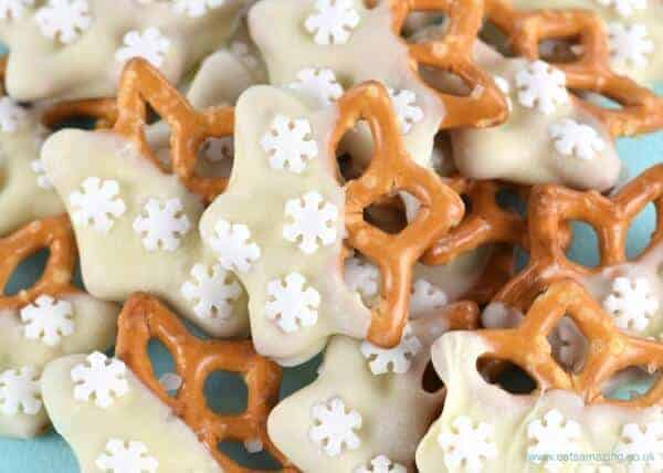Easy chocolate dipped snowflake pretzels recipe - great for edible gifts or christmas party food - cute nutcracker themed food idea