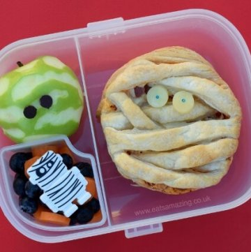 Mummy Bento lunch in the Munchkin bento mealtime set from Eats Amazing UK - with fun mummy pizza pie recipe