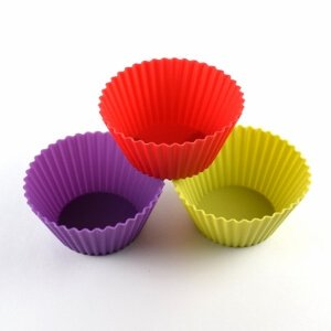 Set of 3 Jumbo Silicone Cupcake Cases from the Eats Amazing Bento UK Shop